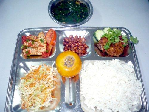 Cung Cấp Suất Ăn Cho Công Ty Sản Xuất Ghế Nhựa